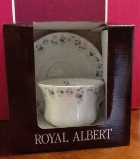Price Reduced! Royal Albert Memory Lane (set of 3 duos)