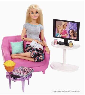 Barbie Estate Indoor Furniture Living Room Set w/ Pink Bubble Chair Tv & Kitten