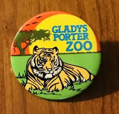 """=Vintage Gladys Porter Zoo 2 1/4"""" Tiger Pin Back Button Brownsville Texas"""