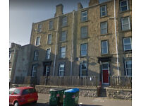 Spacious 1 bedroom STUDENT FLAT on Cleghorn St-Aug 18' entry