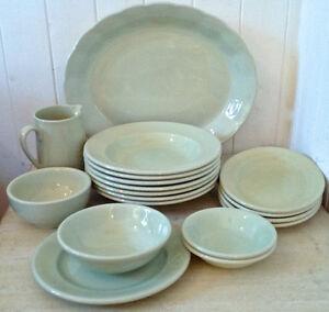 Antiquité. Collection Vaisselle Almond Petal Grindley Angleterre