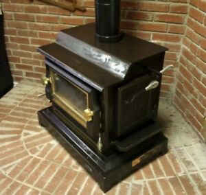 Vintage Kingsman Wood Stove Black with Brass Trim & Knobs