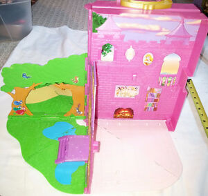 Disney Princess Pink Folding Out / Pop Up Doll House London Ontario image 5