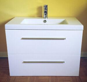 Vanité moderne de salle de bain