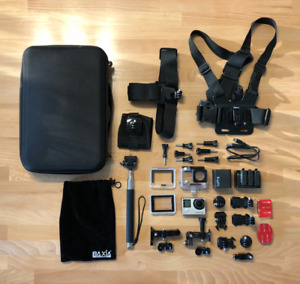 GoPro Hero 4 (silver) + tons of accessories
