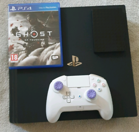 PS4 Pro (delivery included)