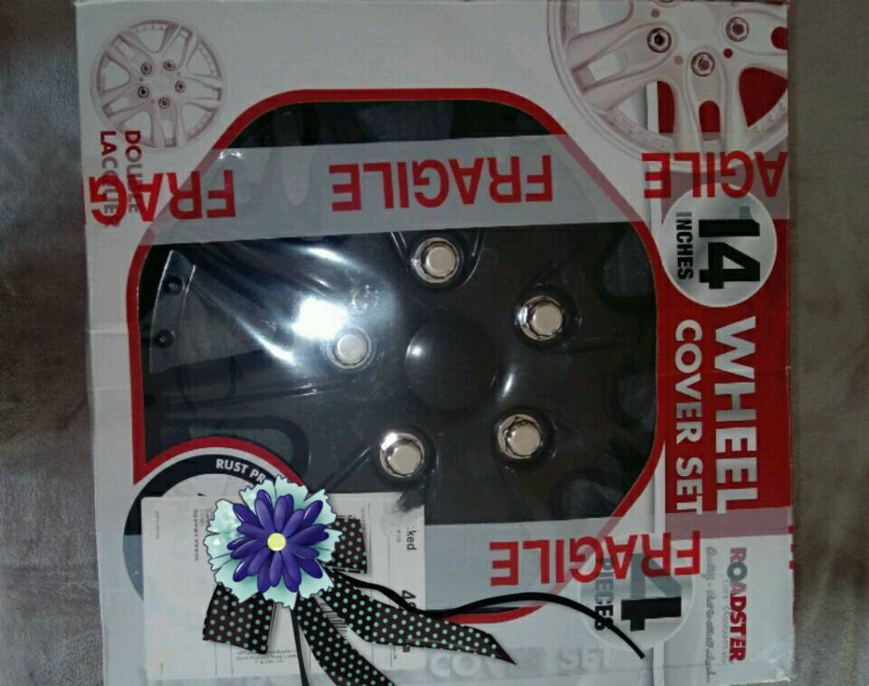 """Wheel cover set 14"""" New in box"""
