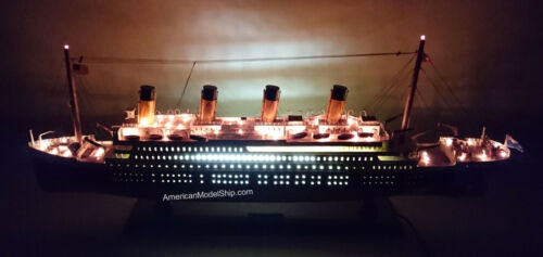 "RMS TITANIC OCEAN LINER WITH LED LIGHTS 40"" - Handcrafted Wooden Model NEW"