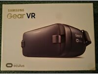 samsung gear vr headset. Powered by oculus.