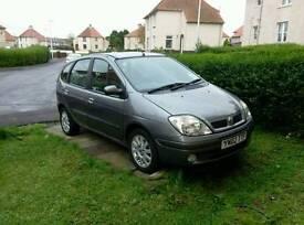 Renault Megane Scenic Exclusive