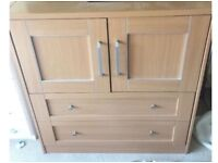 Bedroom unit 2 draws with cupboard