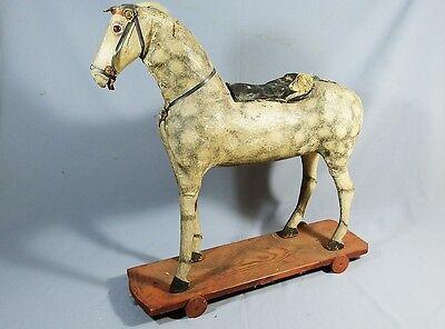 Antikes Pferd Ziehpferd um 1880 aus Stroh / Holz / Masse Schaukelpferd