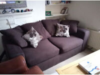 3 seats sofa. Perfect condition. 200 cm long 6 cushions. 4 big + 2 medium. 1.5 years old sofa.