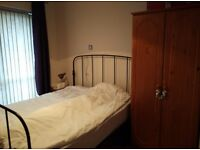 Double room apartment to share