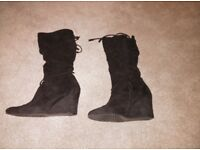 black size 7 wedge boots collect or delivery Stonehaven just up from open air pool