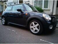 2007 2nd generation Astro Black 1.6 Mini Cooper - excellent condition & MOT'd for 5 months