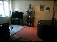 Room to rent in Highwoods