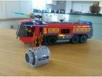 Lego City 60061 Airport Fire Engine with 2 figures, breathing apparatus complete