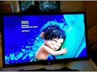 "24""Led TV/DVD combo with DVD-t PC audio hdmi USB"