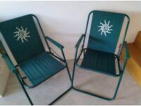 2 Fold up picnic chairs