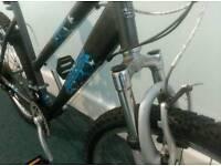 Ladies bike. Working very wel. New tyres, new brakes.