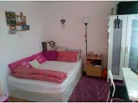 Double room * SHORT LET*