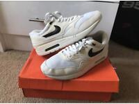 Nike Air Max 1 Limited Edition White And Black Size 10/45 US 11 Mens