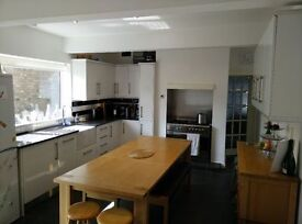Kitchen for sale - modern high gloss. Sensible offers welcomed