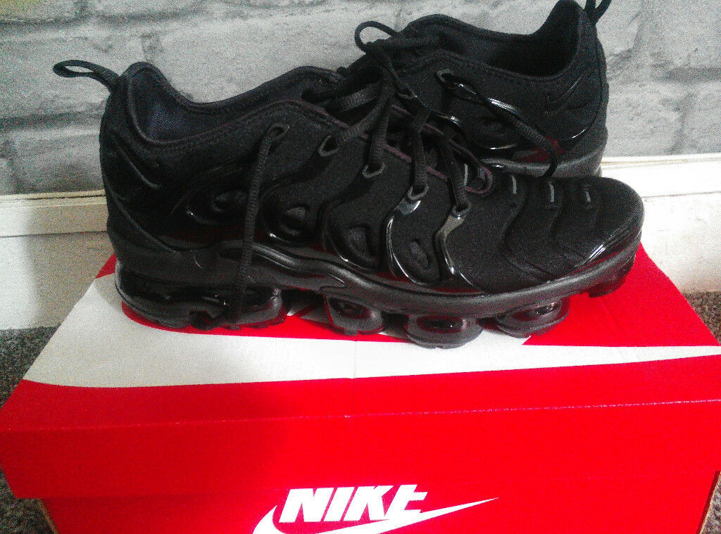 timeless design a3c05 ee720 UPDATED NEW Nike Air Vapor Max Plus Black UK Mens 8 1/2 £120 + Shop Receipt  | in Southside, Glasgow | Gumtree