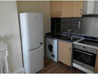 4 Double Bedroom Flat in Gloucester, Furnished, Close to city center