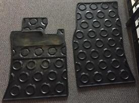 Mini 3 door hatch - rubber floor mats - front