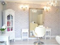 Hairdresser and Nail Tech chair/table to rent