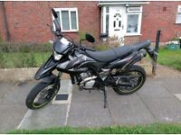Perfect Yamaha WR125x Supermoto / 1 year MOT / Just Serviced / New Tires