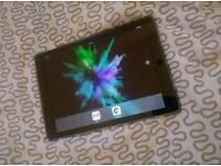 Apple iPad Pro 9,7 . 32 gb +4g +keyboard.