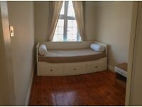 Spacious Single Room, Great location, Clean and Quiet Flat, Available NOW