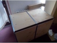 Moving/Cargo Box 100x60x59 less thank half price never used