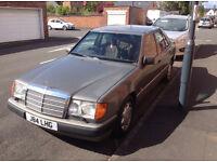 MERCEDES W124 260E 1992
