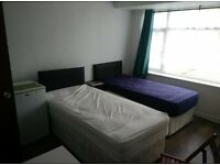 Large studio flat in harrow fully furnished and refurbished £800 per month including all bills