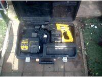Dewalt hammer drill 24V DW004