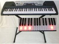 YAMAHA KEYBOARD with light-up keys tutorials, stand, box & manual
