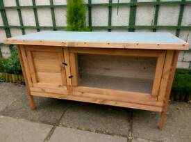 Single guinea pig hutch NEW