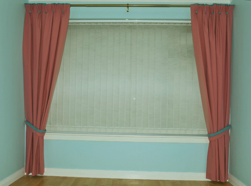 One pair of fully lined, pinch pleat lounge curtains with tiebacks ...