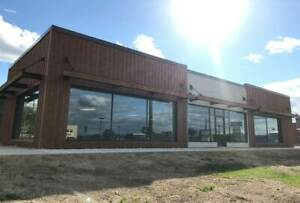 High Traffic Retail Space For Lease - Newly Renovated Exterior!