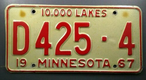 1967 Minnesota 10,000 Lakes Auto Dealer License Plate Tag  #D425-4