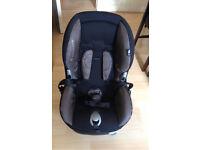 Baby seat / car seat