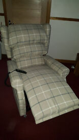 mobility rise recliner chair