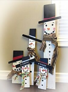 Wooden Snowmen⛄Can add names! Makes great Cmas gifts❄