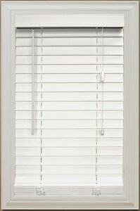 "2"" Faux Wood White Blinds with Valence"