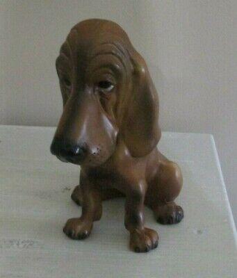 Wonderful Vintage Sitting Still Brown Breyer Hound Dog