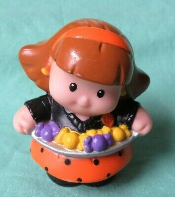 Fisher Price Little People MOM w/ CANDY TRAY Halloween